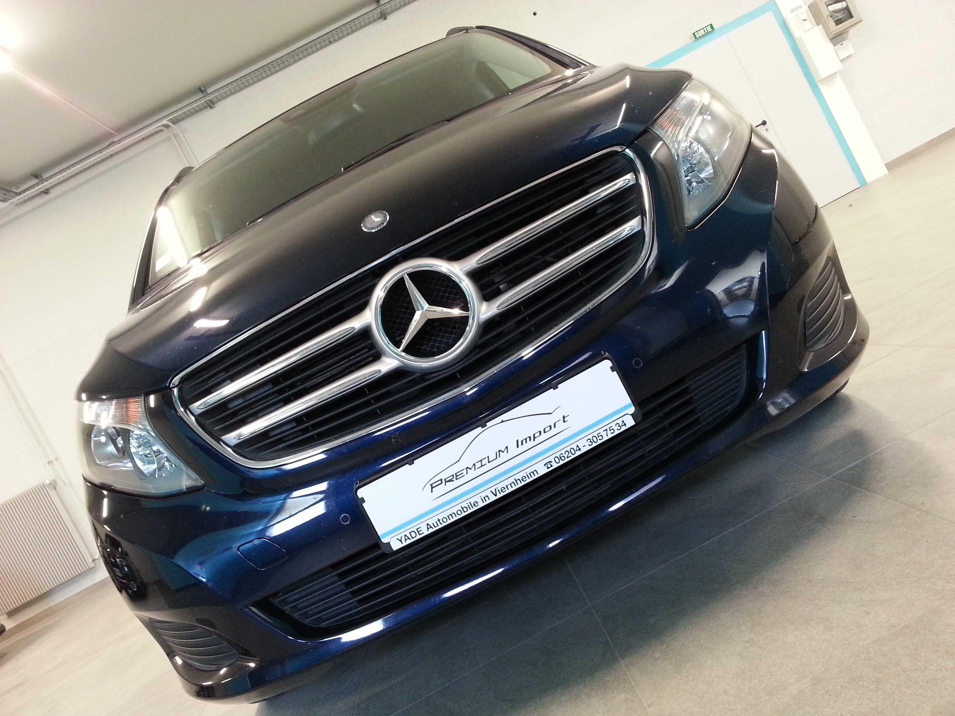 Mercedes-Benz V220 CDI