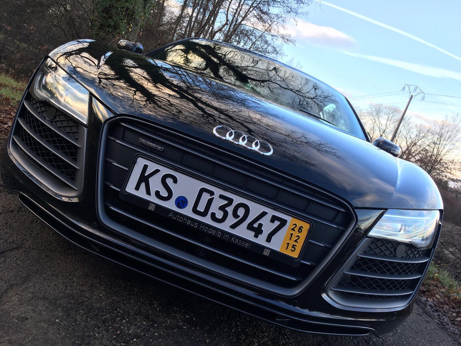 Audi R8 V10 5.2 FSI 549CV