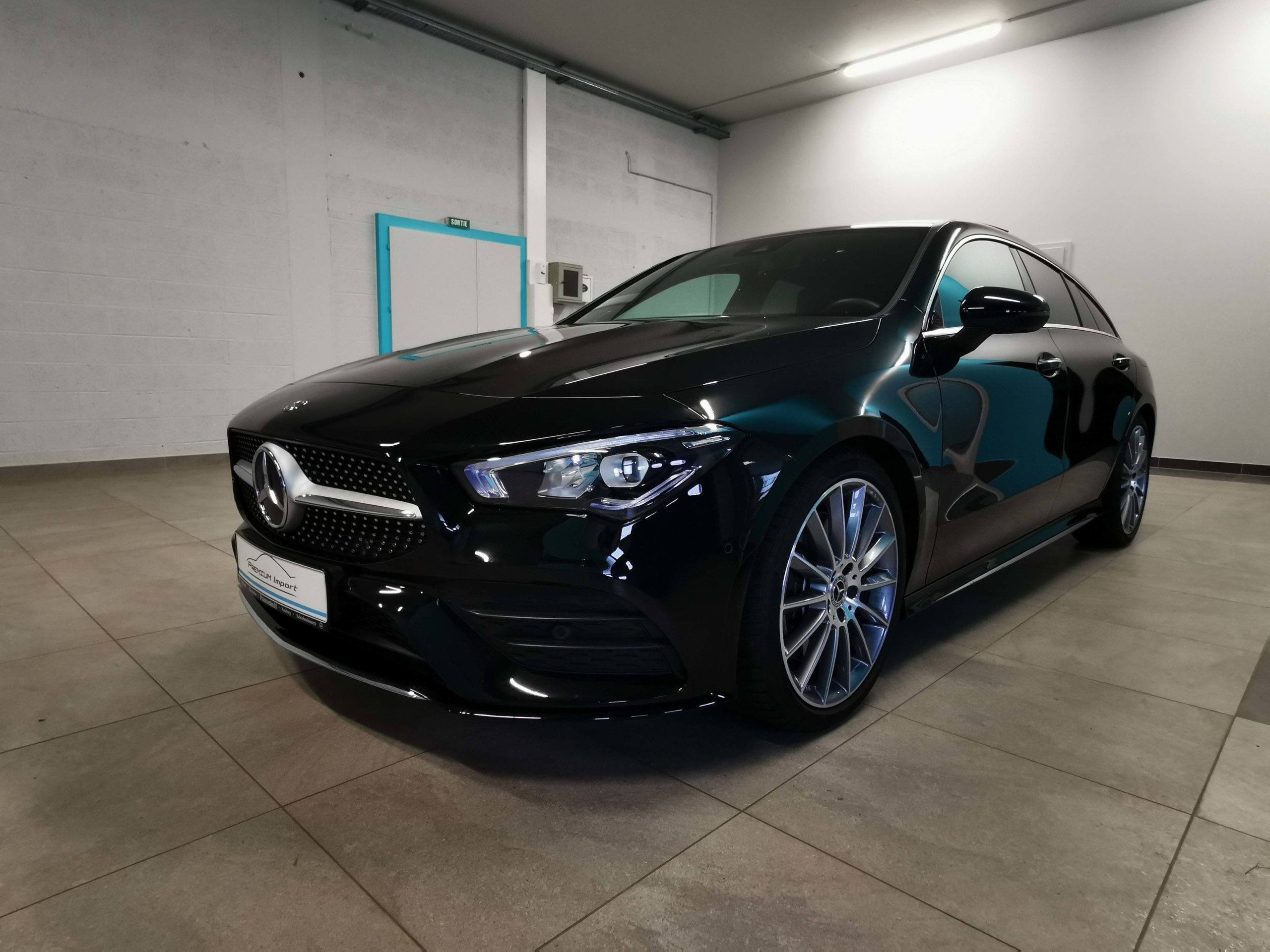 Read more about the article Mercedes-Benz CLA 220 SB – Pack AMG
