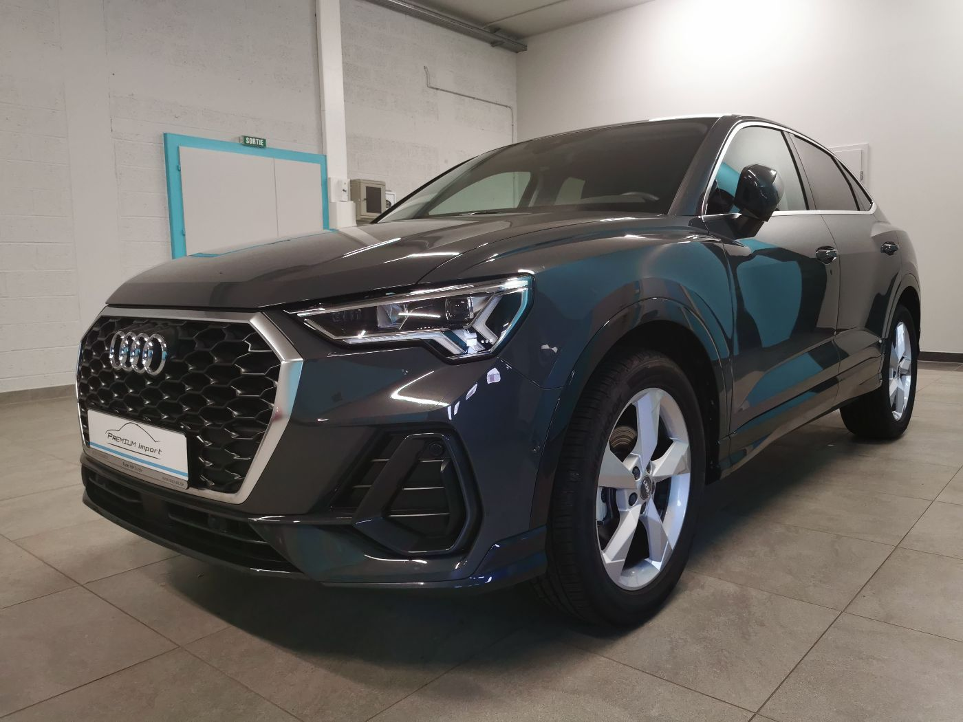 Read more about the article AUDI Q3 Sportback – 35 TDI